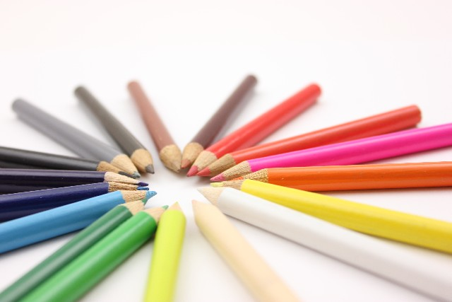 集中力を高める色の効果